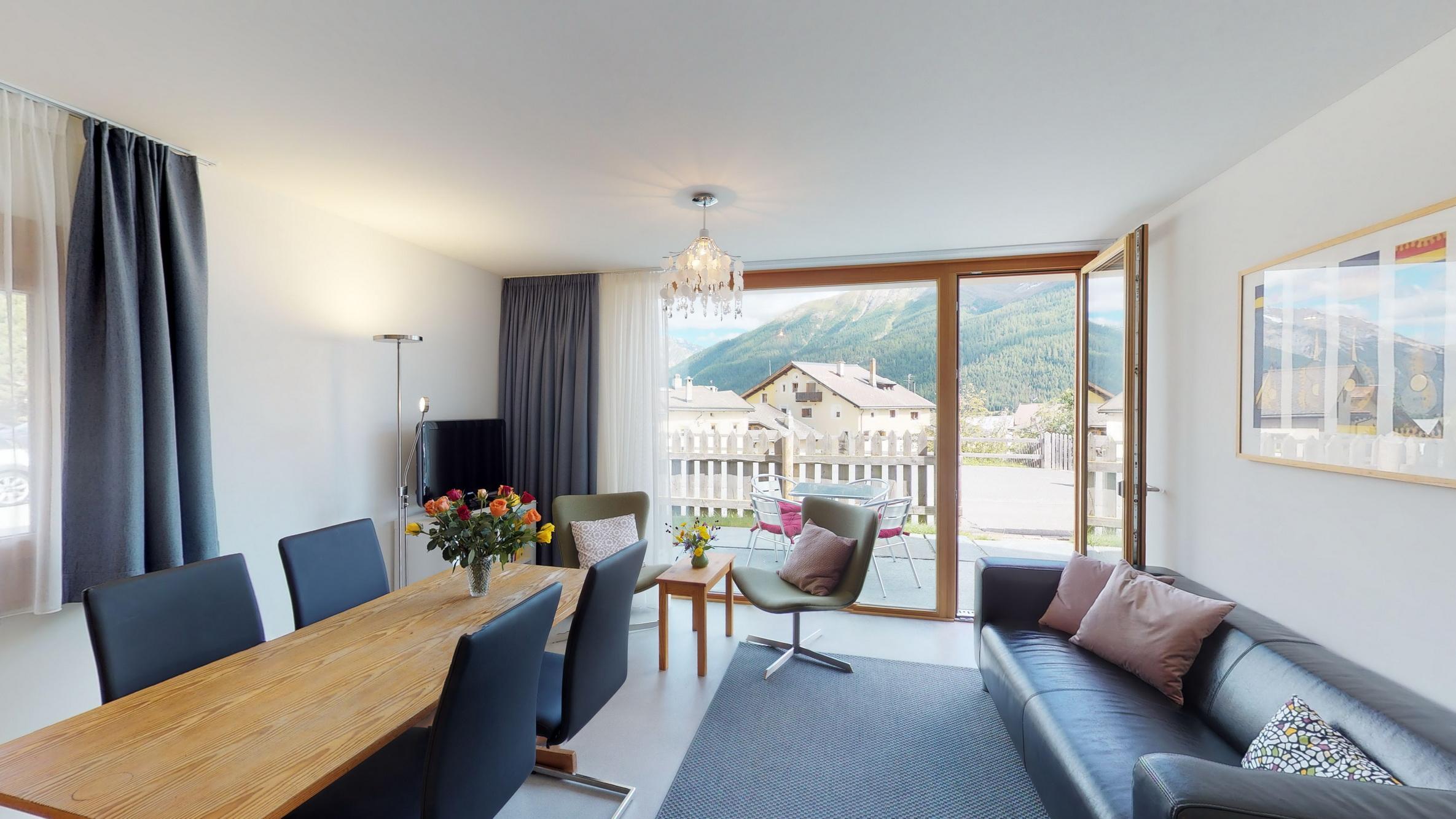 Apartment Randurel - Ferienwohnung in Zuoz mit WiFi-Internet ...